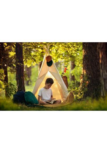 Béžový stan s lesným motívom pre deti