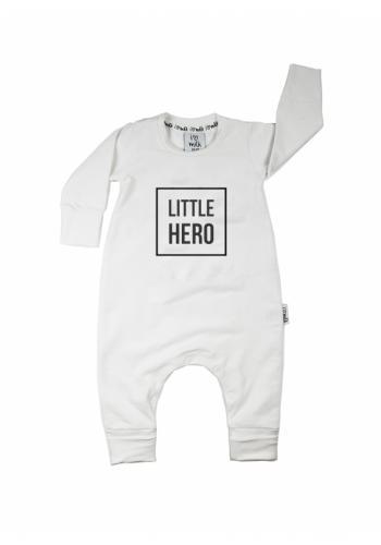 "Biely overal s nápisom ""little hero"" pre deti"