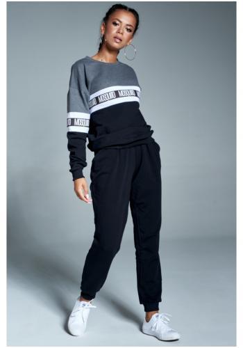 Štýlové bavlnené tepláky v čiernej farbe pre dámy
