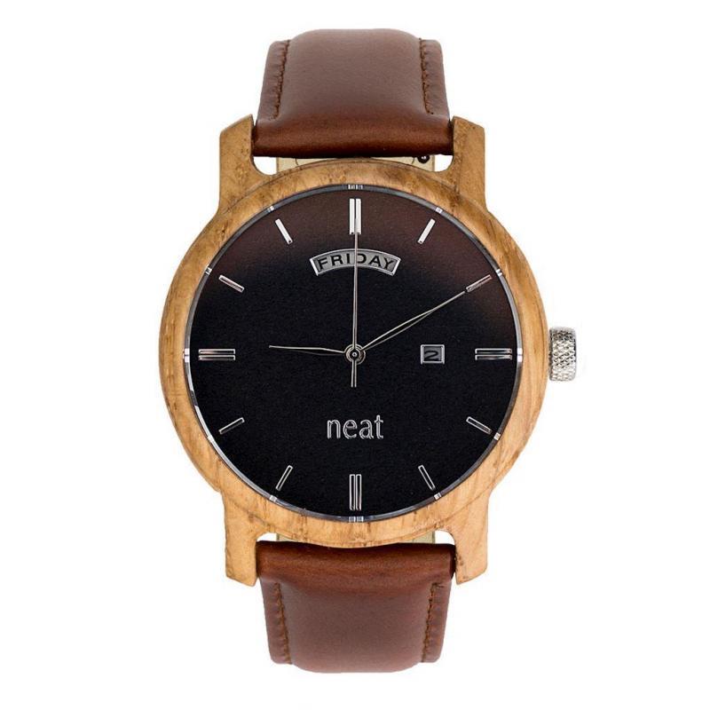 c9513c29a Drevené pánske hodinky hnedo-čiernej farby s koženým remienkom ...