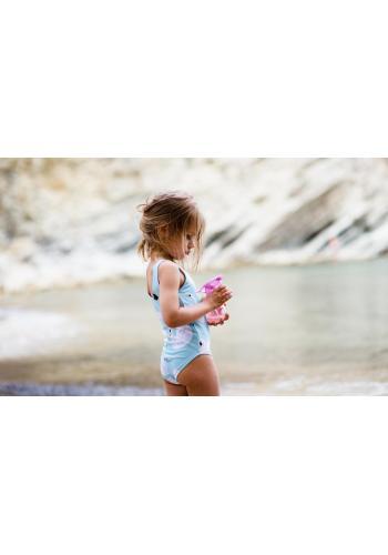 Dievčenské plavky v bielej farbe s potlačou labutí a kvetov