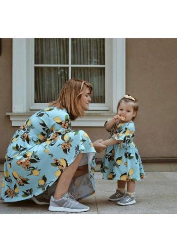 Farebná zostava šiat pre mamu a dieťa s potlačou