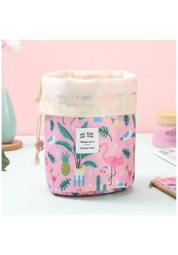 Ružové kozmetické vrecko s farebnou potlačou
