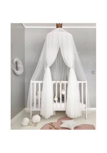 Biely tylový baldachýn s korunou pre deti