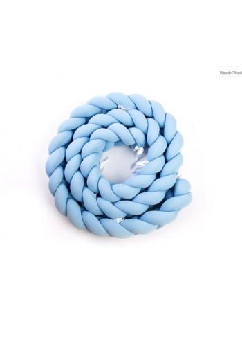 Uzlíkový chránič na postieľku v baby blue farbe