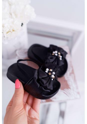 Dievčenské gumené šľapky s mašľou v čiernej farbe