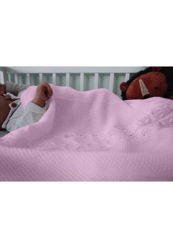 Mäkká pletená deka vo svetlo ružovej farbe