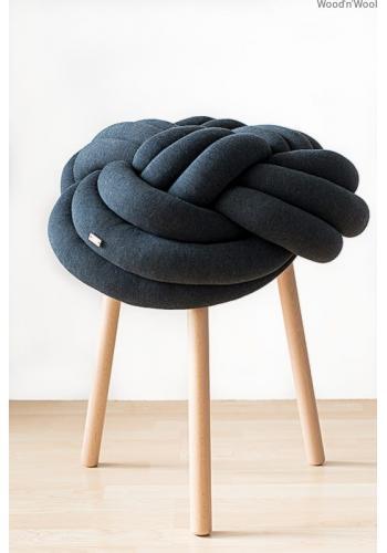 Tmavosivý melanžový uzlíkový kryt na stoličku