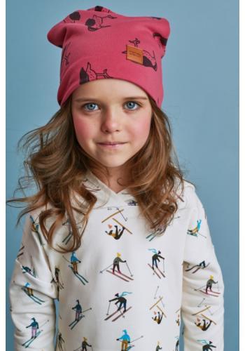 Červená čiapka s potlačou vtákov a logom pre deti
