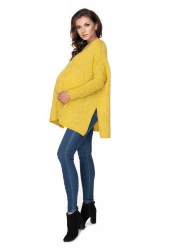 Dámsky oversize sveter s rázporkami po boku a vrkočom v horčicovej farbe