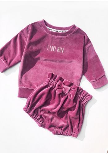 Dievčenská velúrová mikina s nápisom vo fialovej farbe
