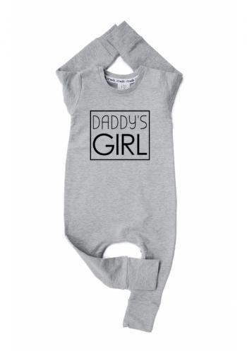"""Dievčenský bavlnený overal s nápisom """"daddy's girl"""" v sivej farbe"""