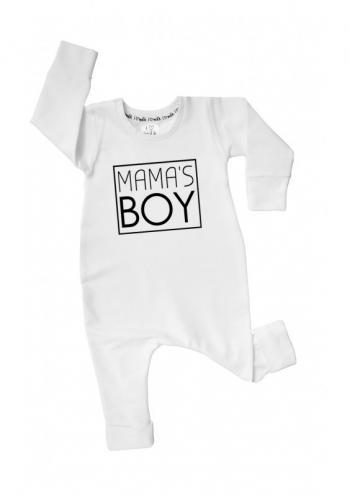 """Chlapčenský bavlnený overal s nápisom """"mama's boy"""" v bielej farbe"""