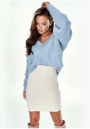 Dámsky krátky mohérový sveter s V výstrihom v modrej farbe