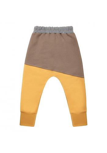 Bavlnené tepláky v hnedej farbe pre chlapcov