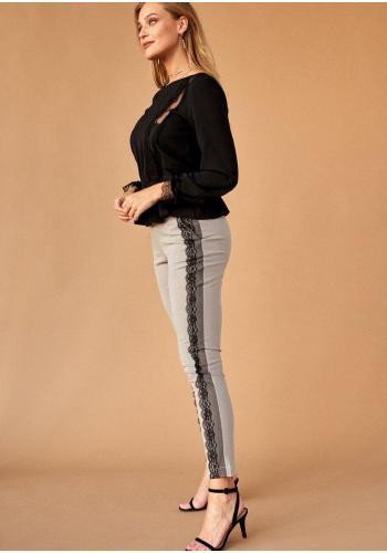 Štýlové dámske nohavice v sivej farbe s ozdobnou čipkou na boku