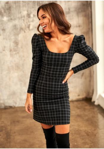 Vypasované mini čierne šaty pre dámy s dlhým rukávom a kockovaným motívom