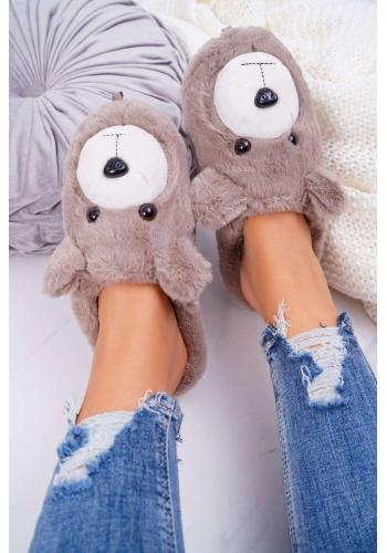 Dámske kožušinové papuče s medveďom v hnedej farbe
