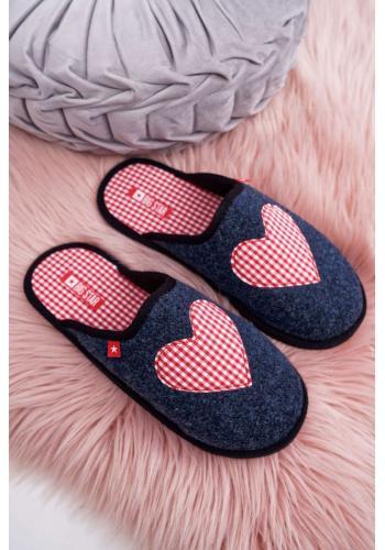 Filcové dámske papuče tmavomodrej farby so srdcom