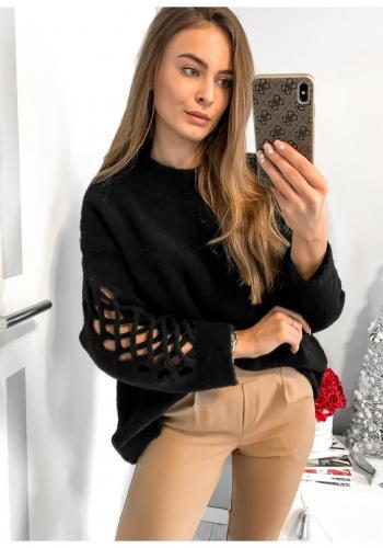 Dámsky čierny oversize sveter s mriežkovaným motívom na rukáve