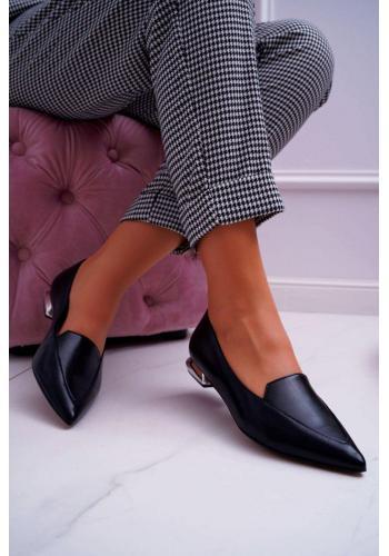 Čierne špicaté poltopánky so strieborným opätkom pre dámy