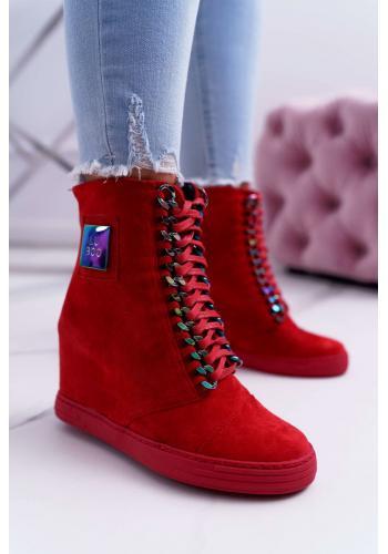 Červené semišové Sneakersy s dúhovými retiazkami pre dámy