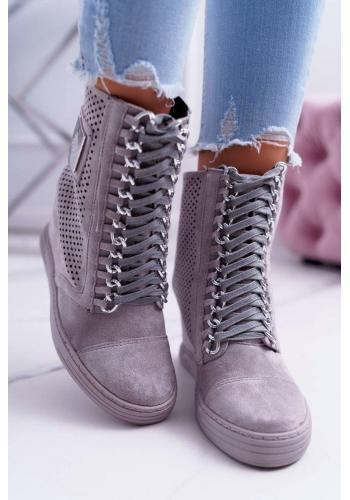 Ažúrové dámske Sneakersy sivej farby s retiazkami