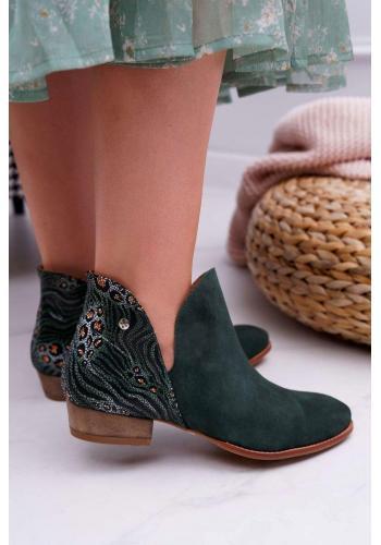 Dámske jarné topánky so zdobenou pätou v zelenej farbe