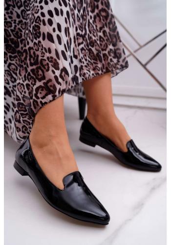 Lakované dámske mokasíny čiernej farby