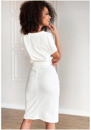 Krémové midi šaty s rázporkom a viazaním v páse