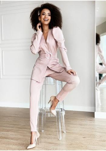 Klasické elegantné nohavice v púdrovej farbe