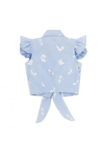 Modré tričko s krátkym rukávom, s potlačou topánok na vysokom podpätku