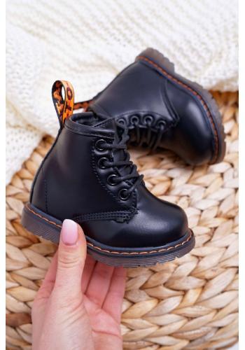 Detské oteplené čižmy v čiernej farbe