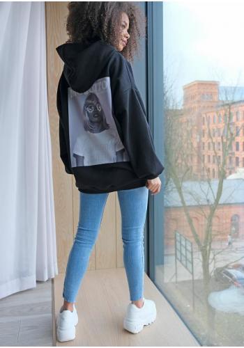 Mikina s kapucňou s foto-tlačou na chrbte Unicorn Queen v čiernej farbe