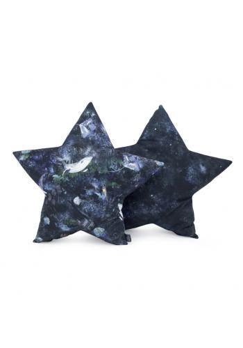 Vankúš v tvare hviezdy s motívom magického lesa