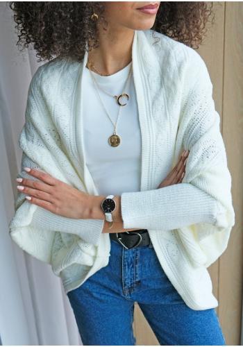 Pletený dámsky oversize sveter v bielej farbe
