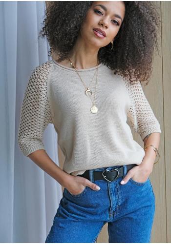 Letný béžový dámsky sveter s mriežkovanými rukávmi