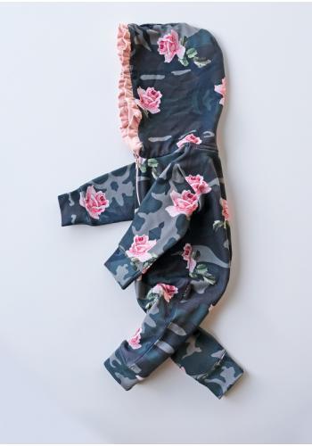 Dievčenský maskáčový overal s dlhým rukávom a kapucňou s potlačou kvetov