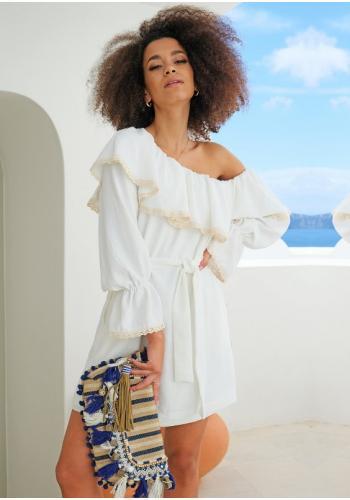 Smotanové krátke asymetrické šaty s dlhým rukávom, odhalenými ramenami a ozdobnou čipkou