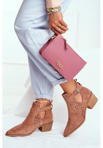 Ružové semišové členkové topánky s výrezmi
