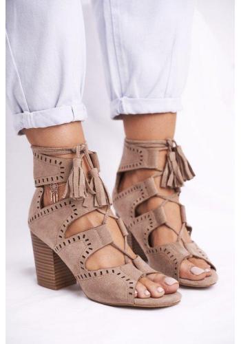 Béžové semišové členkové topánky na opätku pre dámy