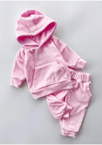 Štýlový velúrový komplet nohavíc a mikiny v ružovej farbe