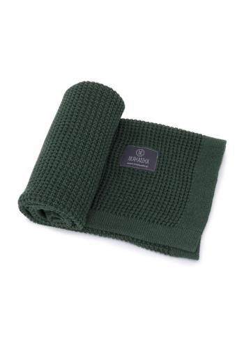 Tmavozelená pletená deka pre deti