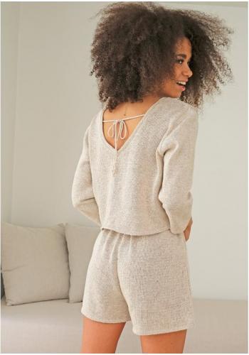 Bavlnený dámsky sveter béžovej farby s výstrihom v tvare V