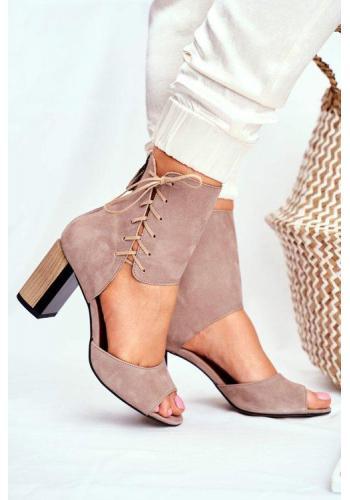 Béžové semišové sandále s viazaním