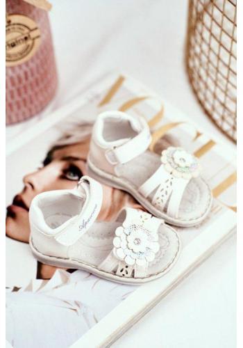 Sandálky s kvetom na suchý zips v bielej farbe pre dievčatká