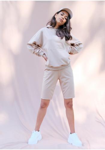 Béžové bavlnené kraťasy nad kolená s vreckami