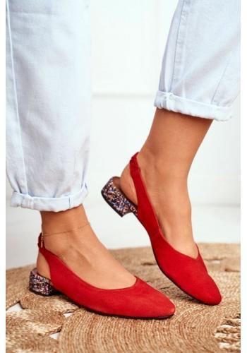 Dámske červené semišové baleríny so zdobením podpätkom