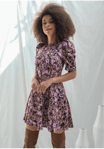 Dámske letné šaty s kvetinovým vzorom nad kolená