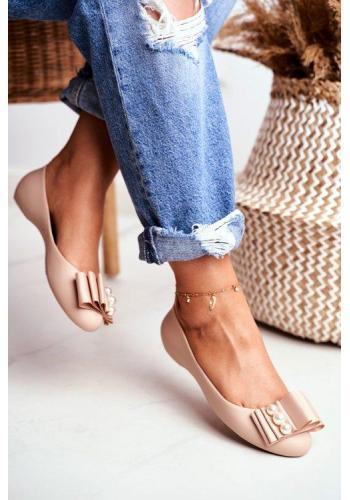 Béžové trendy gumové balerínky pre dámy